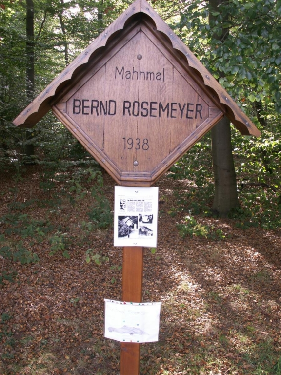 Rosemeyer Memorial   (04)